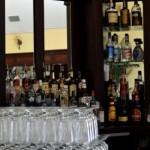 アルコールとエナジードリンクは一緒に飲むと危険?喉が渇く傾向に!