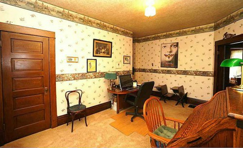 bedroom-from-silence-of-the-lambs-house