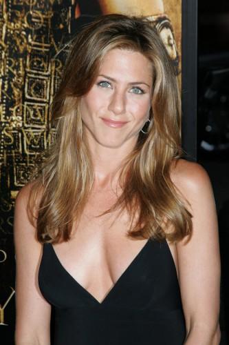 Jennifer-Aniston-2004