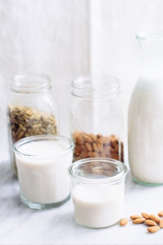 how-make-homemade-nut-milk9-660x990