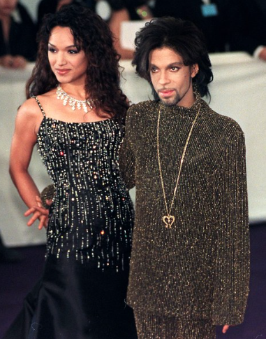 2 With his wife Mayte at a De Beers and Versace charity gala in 1999