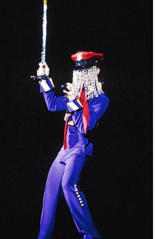 Performing at the 4 Bill Graham Civic Auditorium, in San Francisco, 1993