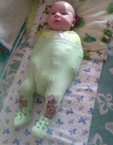 dad-fail-dress-baby-overalls-olivia-jeremy-brooke-hawley-basso-20-577654243acbe__700