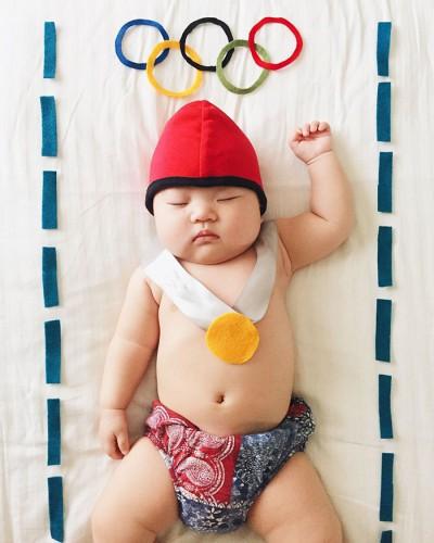 sleeping-baby-cosplay-joey-marie-laura-izumikawa-choi-50-57be94ae949e3__700