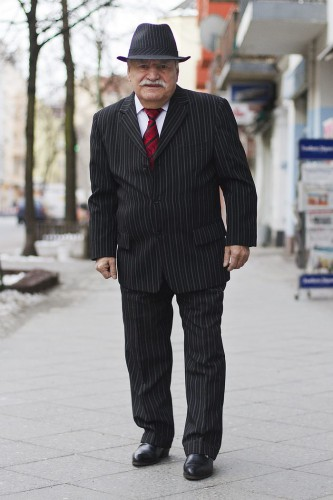 83-year-old-tailor-style-what-ali-wore-zoe-spawton-berlin-60-583548eb6132d__700